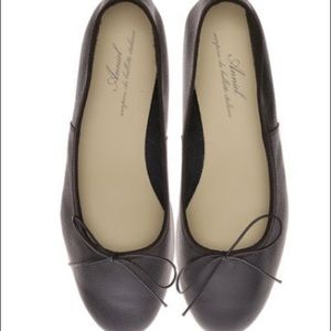 New w box Anniel black ballet flats size 40